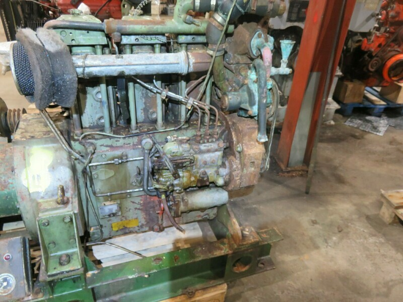 8.     Mercedes  MB 853  49hk   1500rpm