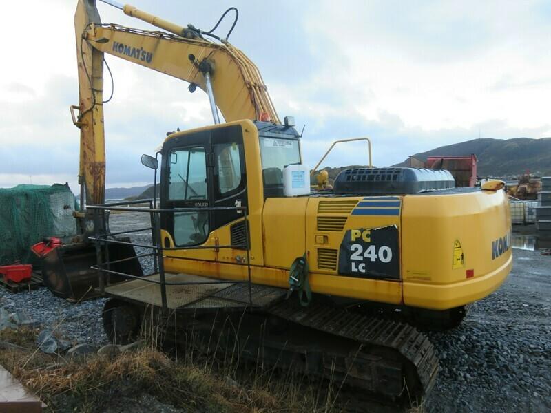 Komatsu     PC240 LC        mod 2007