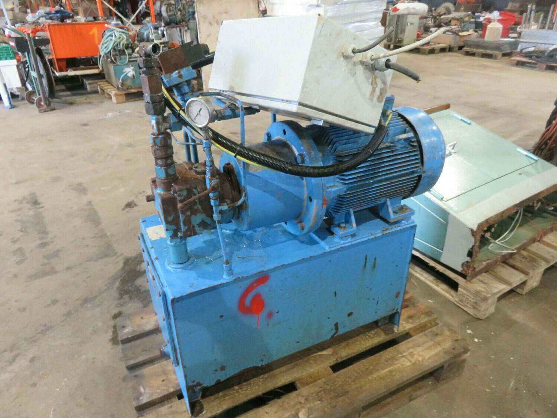 6. Hydraulik agregat   11kw   220-380-440v      144 liter    nokke/kran