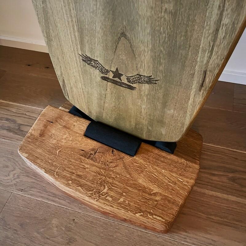 balance-board stand