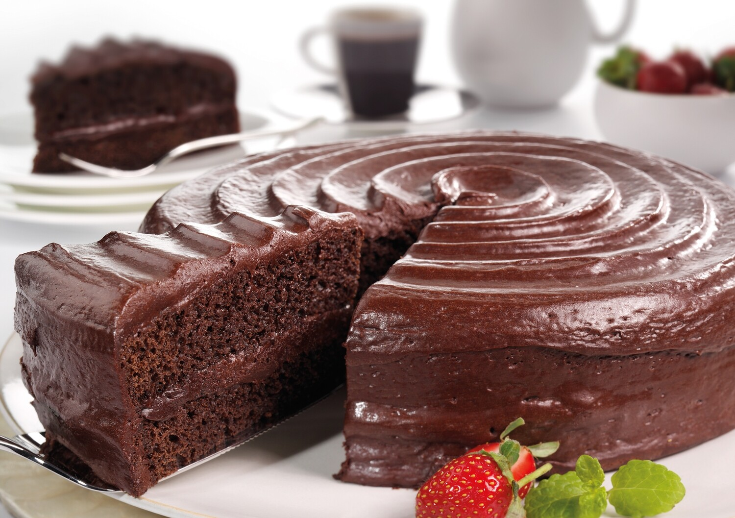 Chocolate Fudge Cake (16 Slices)