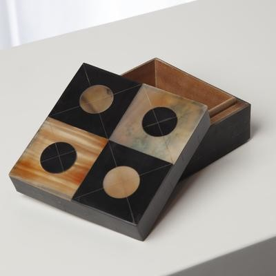 Small Horn Box