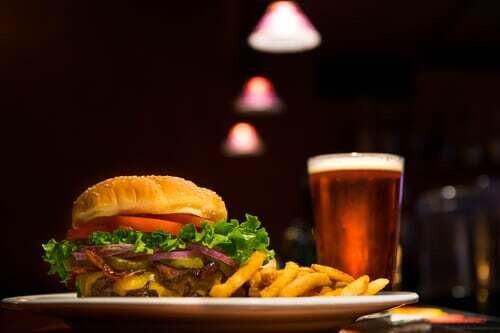 Hamburger & Friet  AFHAAL