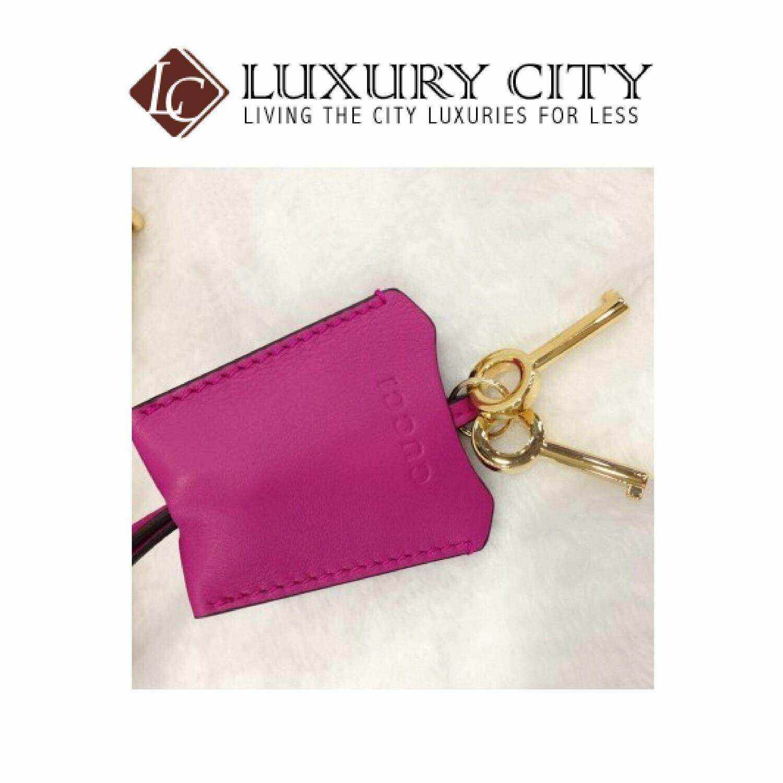 [Luxury City] Gucci Padlock Sling Bag