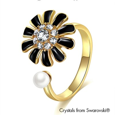 LUSH Daisy Ring