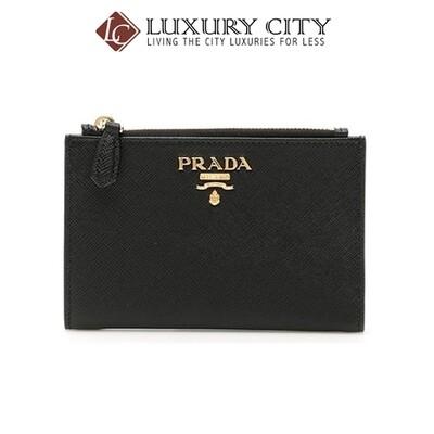 [Luxury City] Prada Calfskin Street Style Plain Folding Wallets Black Prada-1ML037