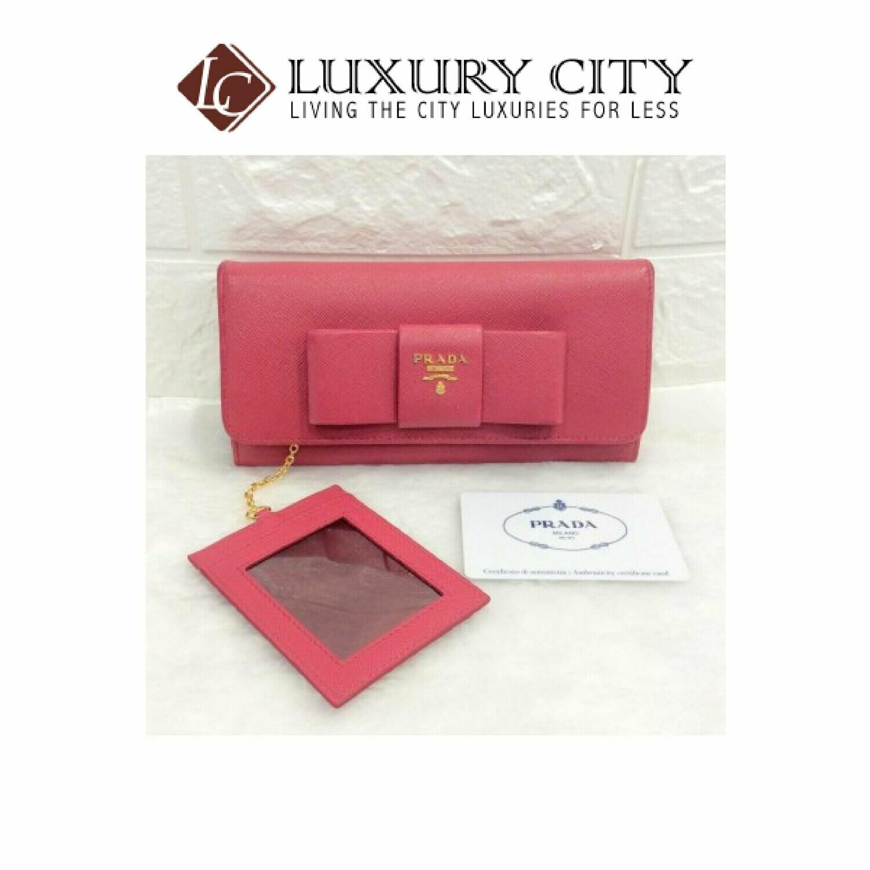 [Luxury City] Preloved Prada Saffiano Long Wallet