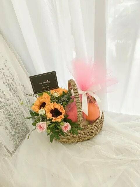 Grateful (By: Temptation Florist from Seremban)