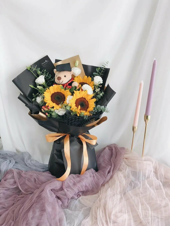 Graduatey (By: Temptation Florist from Seremban)