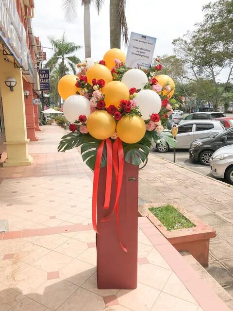 Boomer Grander Opening Flower Stand (By: Temptation Florist from Seremban)