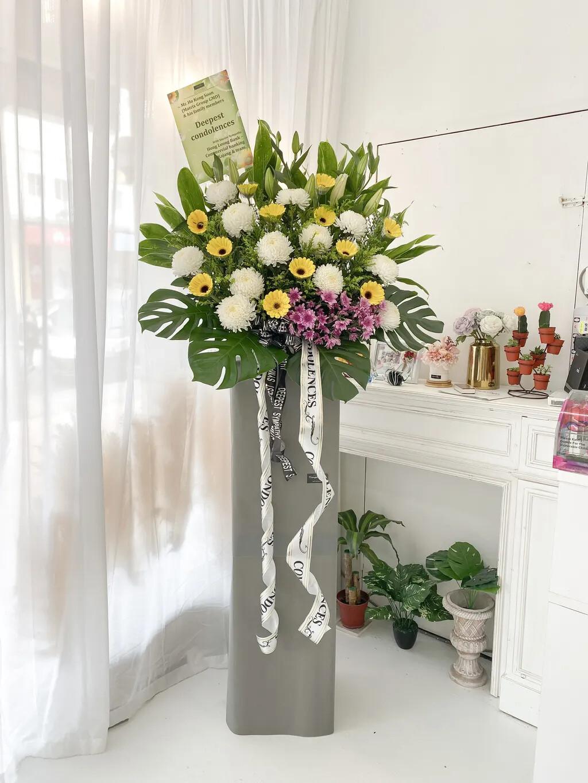 Zeus Condolence Flower Stand (By: Temptation Florist from Seremban)