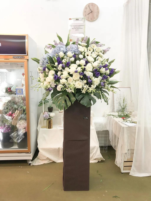 Jetta Condolence Flower Stand (By: Temptation Florist from Seremban)