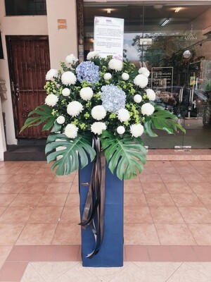 Graceful Condolence Flower Stand (By: Temptation Florist from Seremban)