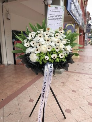 Freedom Condolence Flower Stand (By: Temptation Florist from Seremban)