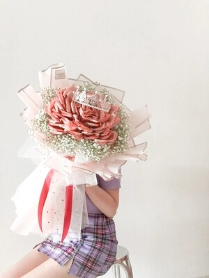 The Crown (By: Temptation Florist from Seremban)