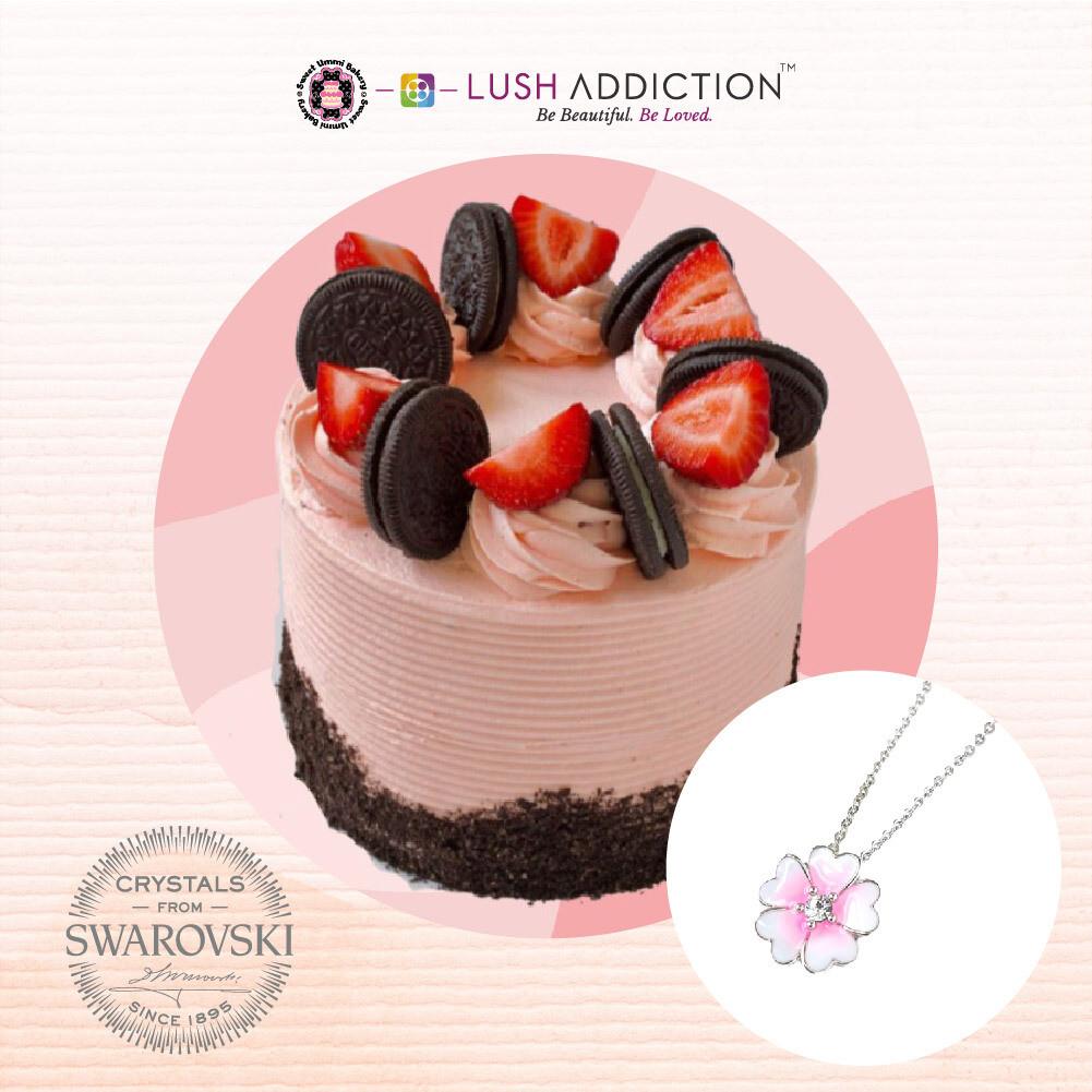 Strawberry Oreo Cake + Lush Primrose Necklace Bundle Deal(By: Sweet Ummi Bakery from JB)
