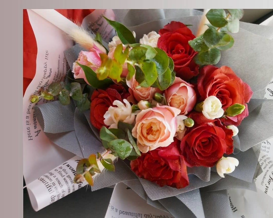 Bright Aura Flower Bouquet (By: Bloomsbury from Puchong)