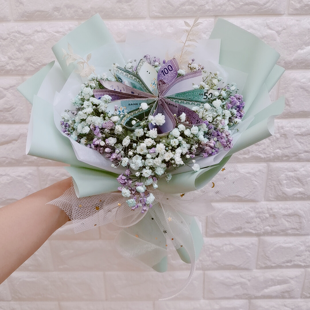 Money Flower and Baby Breath (By: Sweet Diary from Puchong)