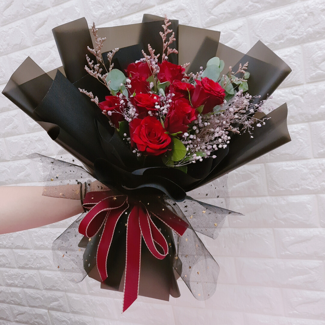 9 stalks Red Roses with Baby Breath (By: Sweet Diary from Puchong)