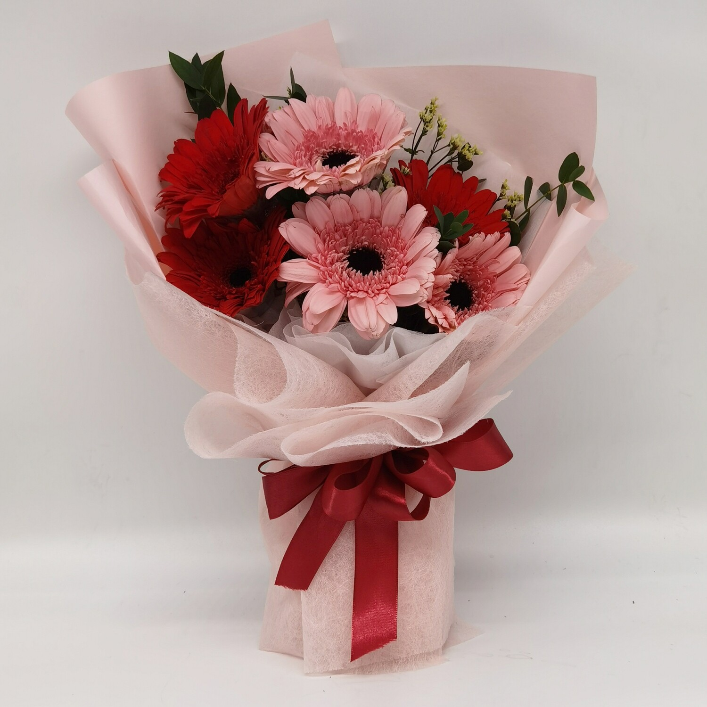 Gerberas Charm (By: World Petals Florist from KL)