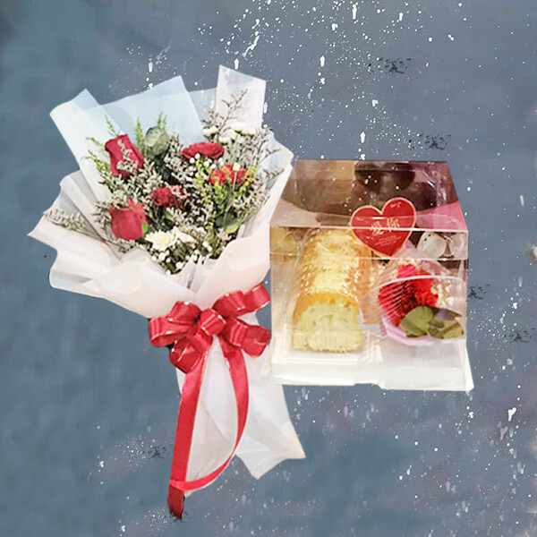 Fresh Roses Bouquet with Cheese Swiss Roll (By: Brilliant Creative Florist from Sibu)