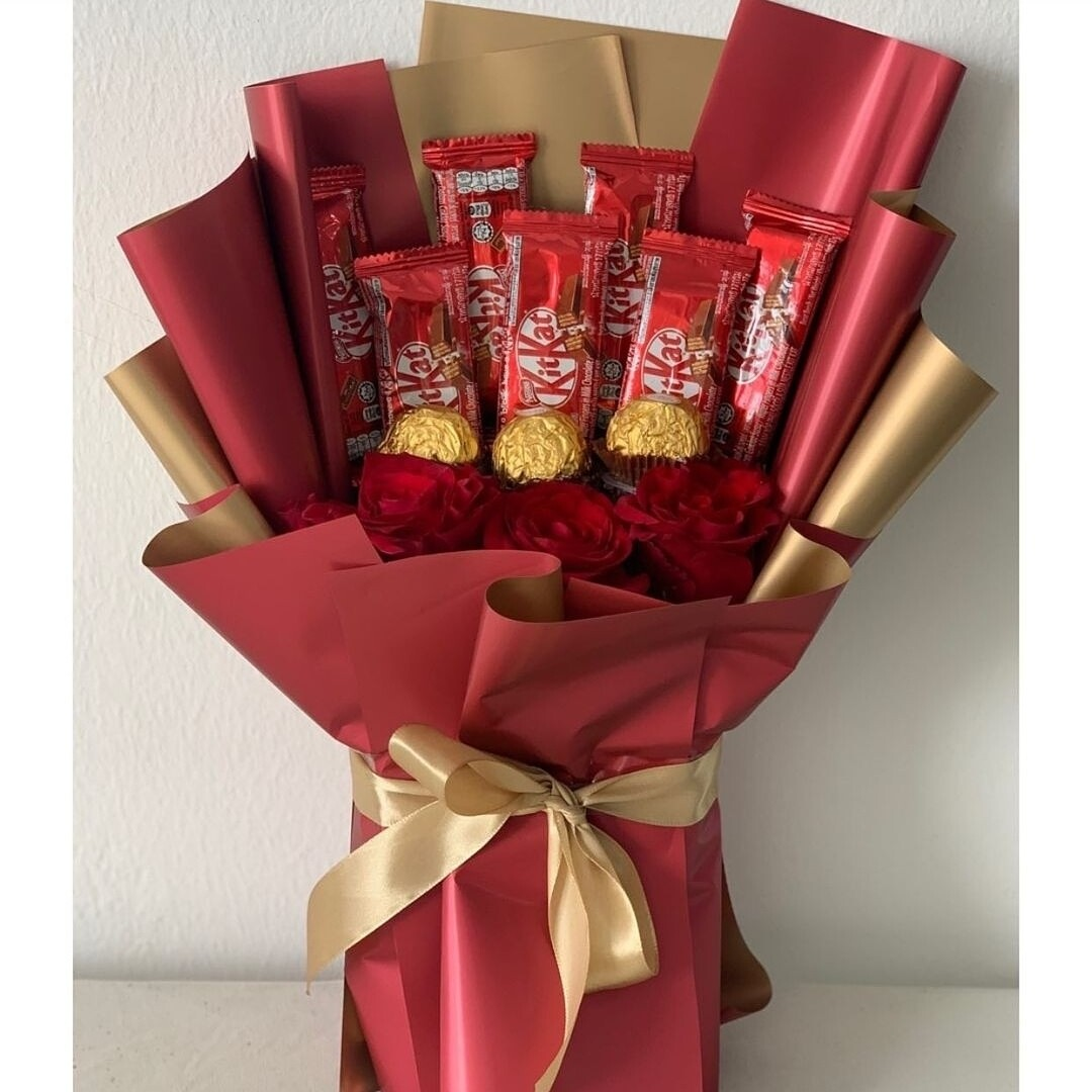 Red Chocolate (By: Keshwini Florist from KL