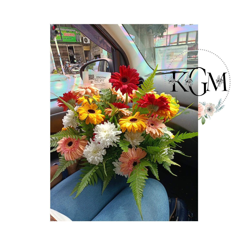 Table Arrangement Bouquet (By: Keshwini Florist from KL