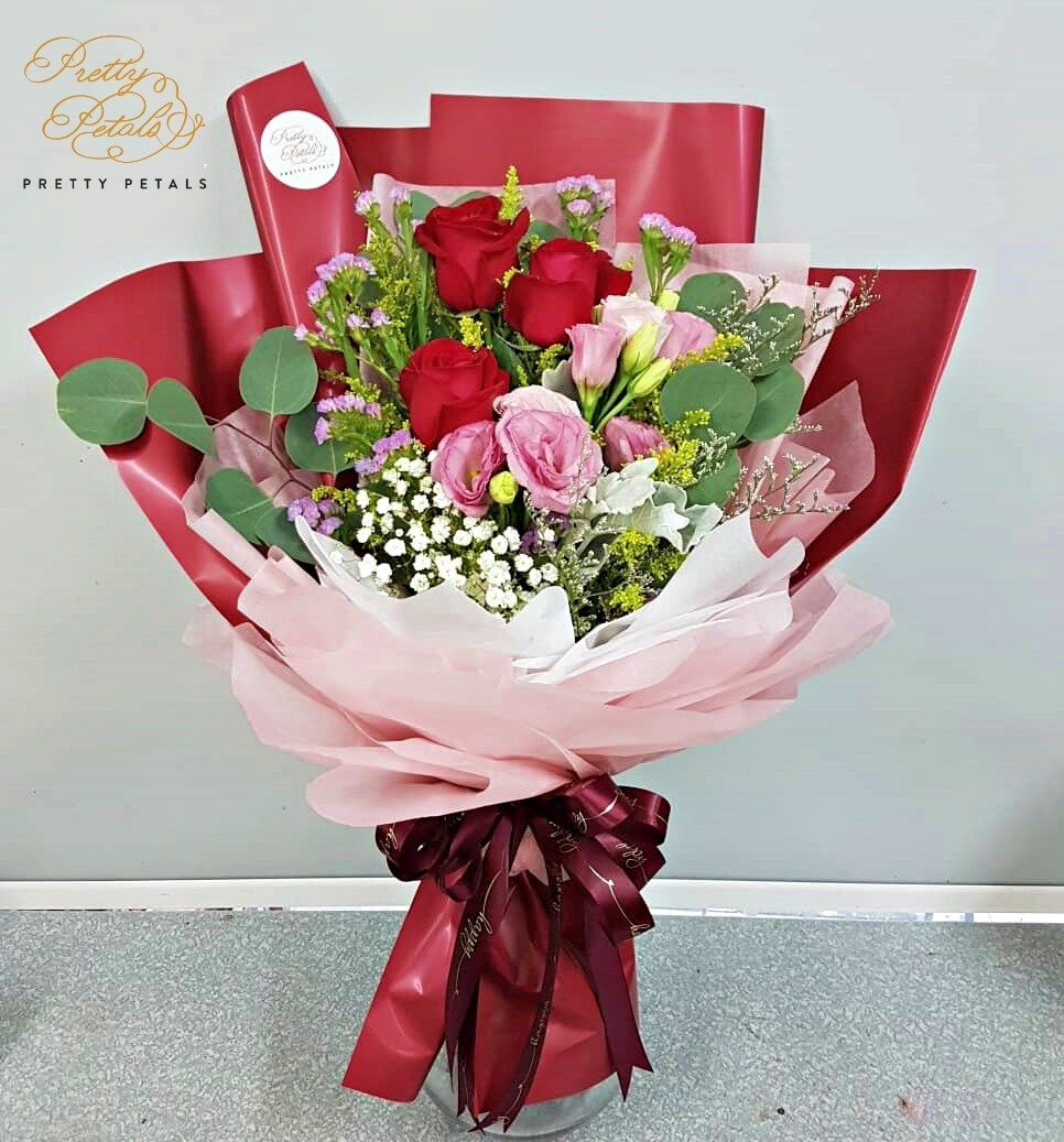 Sweet Rose (By: Pretty Petals from Kuching)