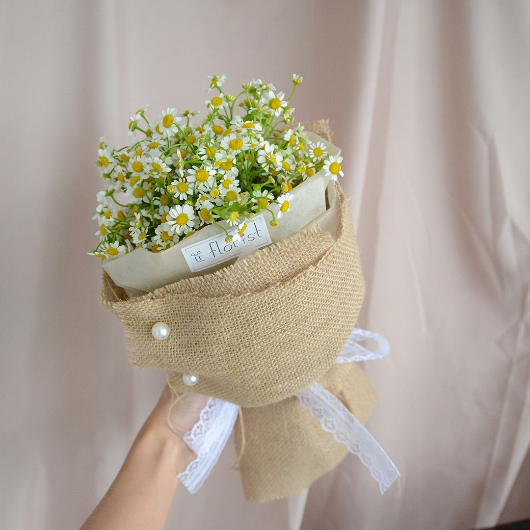 Chamomile Bouquet  (By: iiFlorist from Cheras)
