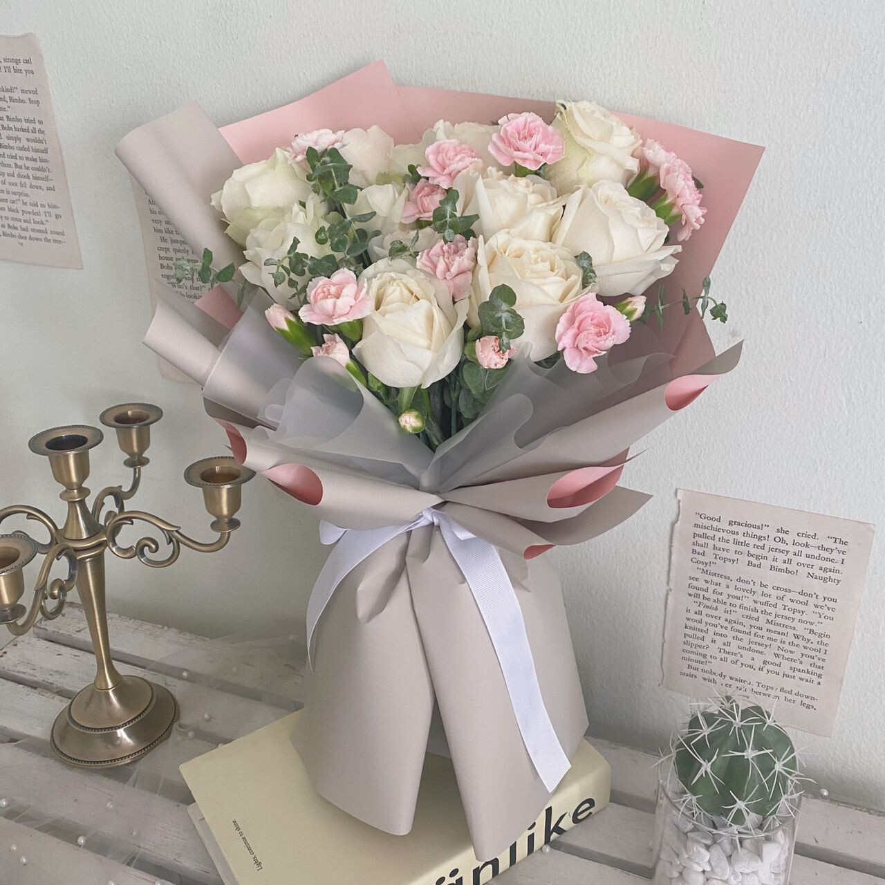 Minimalist White Rose Flower Bouquet (By: Rainbow Flower Station from Cheras)