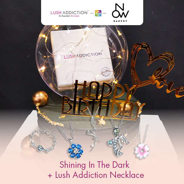 Shinning in the dark + Lush Addiction Necklace (By: NOW Bakery from JB)