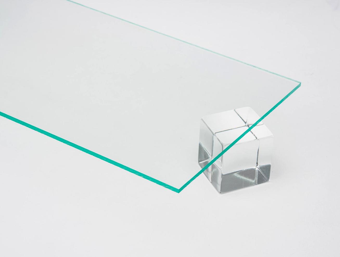 GLASS GREEN