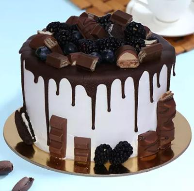 Delicious Choco Vanilla Cake