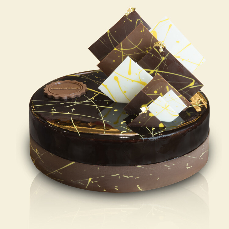 NOIR Cake