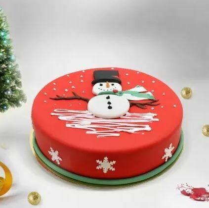 Snowman cake for Christmas