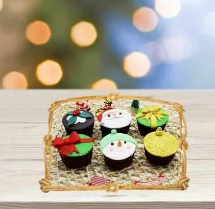 Assorted Xmas Themed Cupcakes