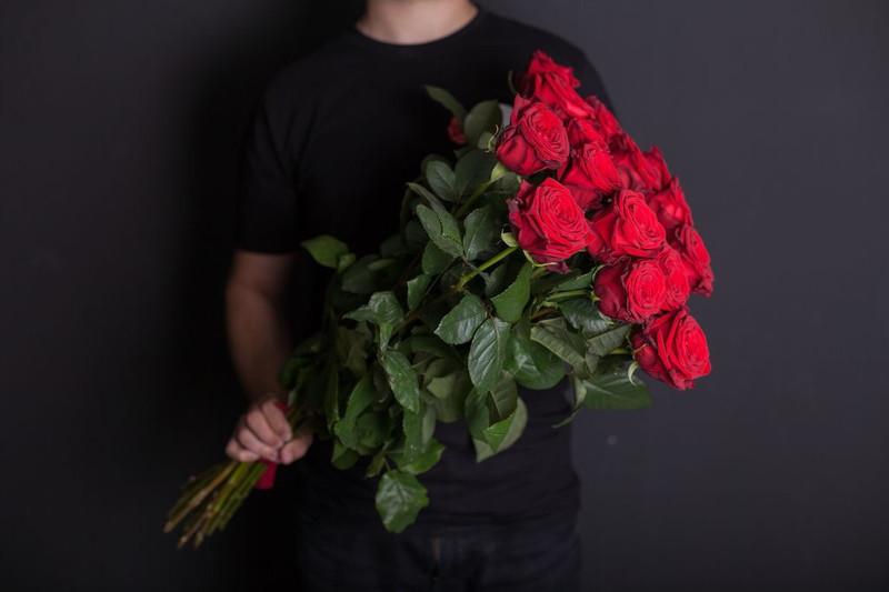 Букет из красных роз Классик