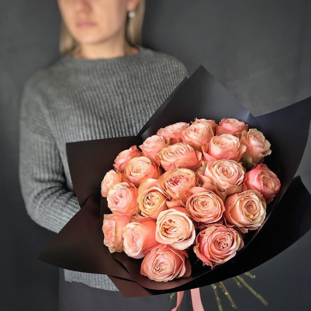 Букет Пионовидных роз Кахала