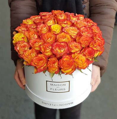Коробка с розами Рыжик