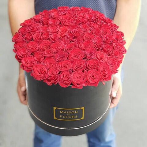 Розы в коробке Маргарита