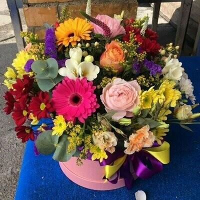 Коробка с цветами Люся