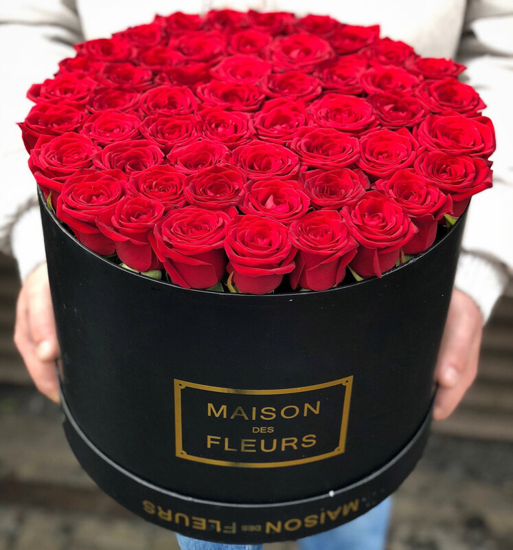 Роза в коробке Классика.