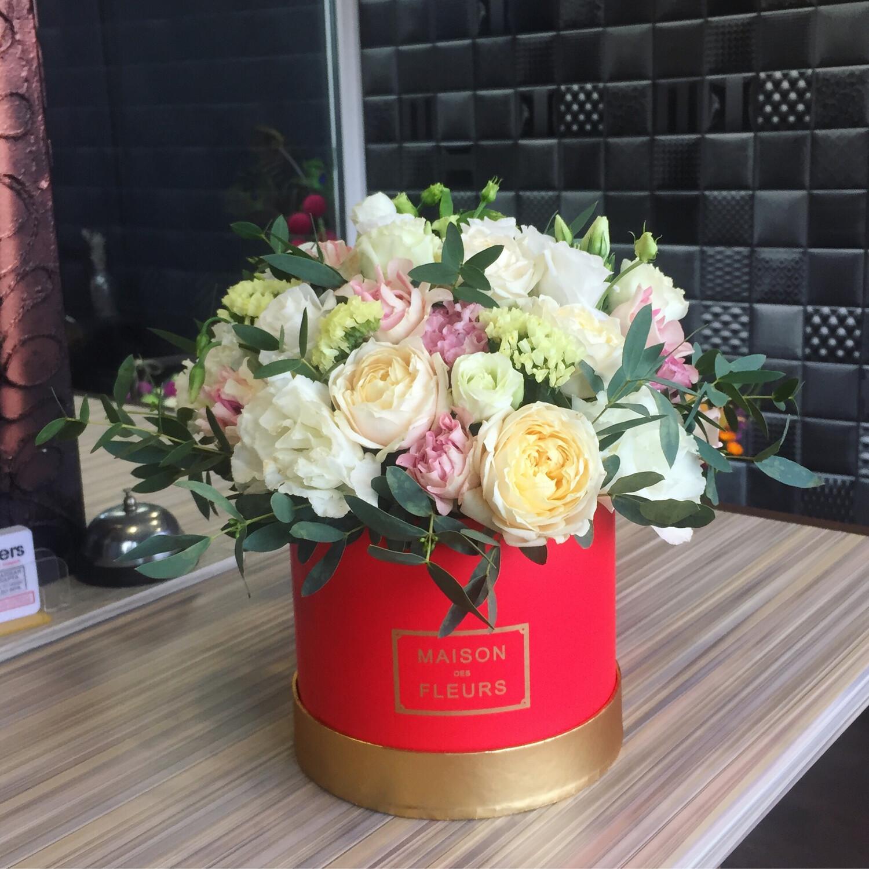 Цветы в коробке Love really