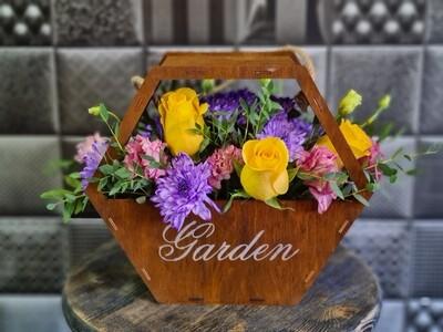 Ящик с цветами Garden