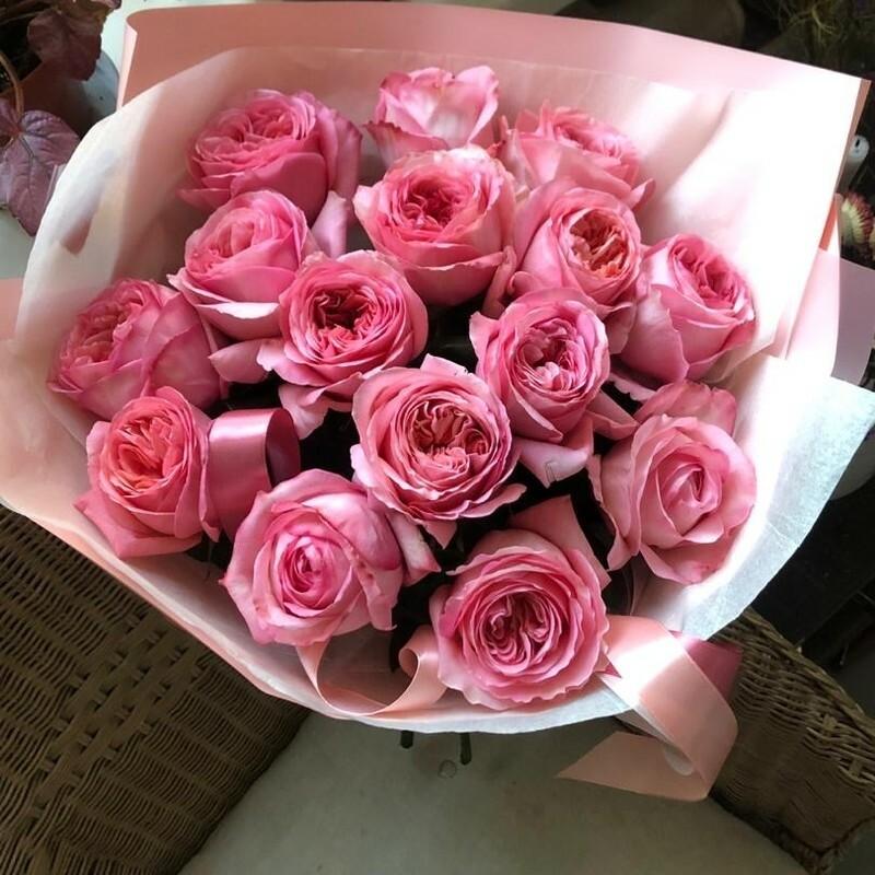 Букет пионовидных роз Pink Xpression.
