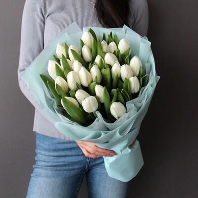Букет из белых тюльпанов White