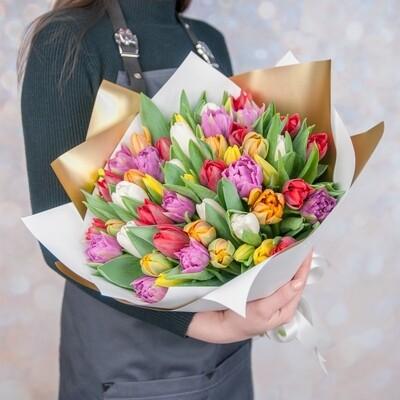 Букет тюльпанов разноцветных.