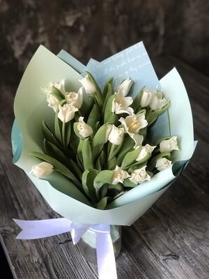 Букет тюльпанов White Libersta