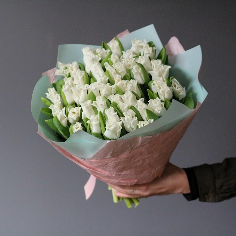 Букет эксклюзивных тюльпанов White Libersta