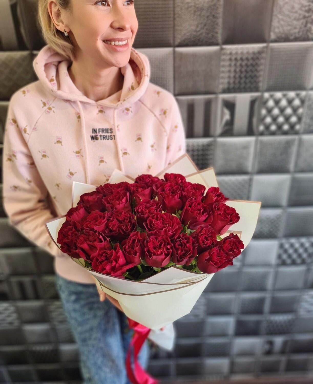 Пионовидная роза Хартц